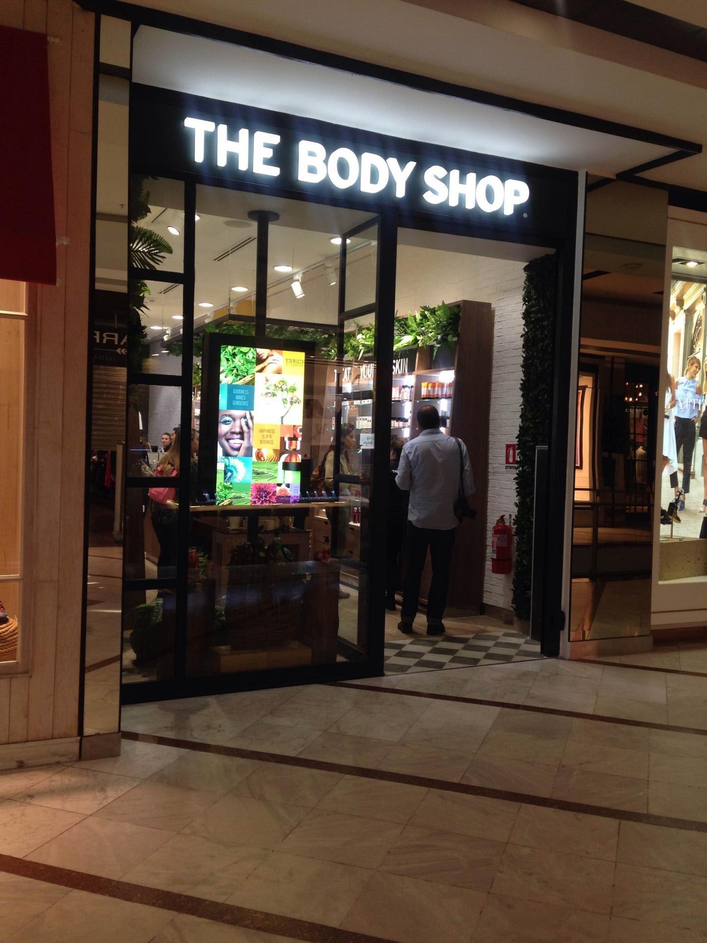 the-body-shop-tienda-frontis